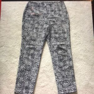 Chico's Travelers Black/White Print Pants Size 1.5
